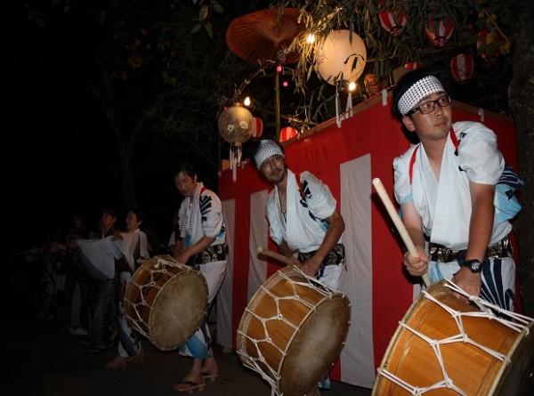 新庄村花火盆踊り